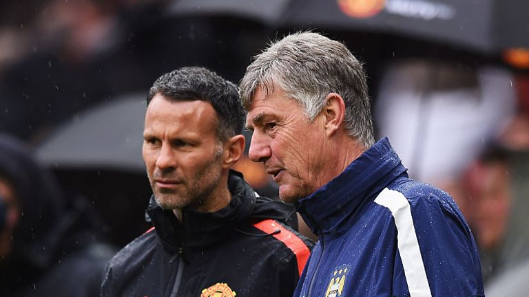 Manchester City assistant Brian Kidd was presented with last year's Lifetime Achievement Award by Ryan Giggs and Vincent Kompany