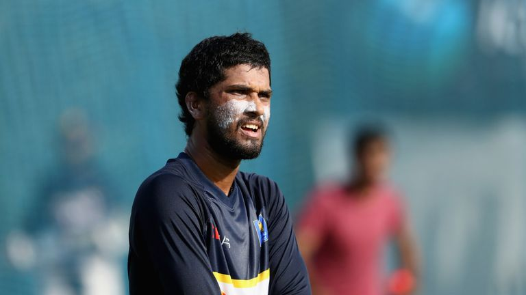 Dinesh Chandimal, Sri Lanka captain, charged by ICC for ball-tampering