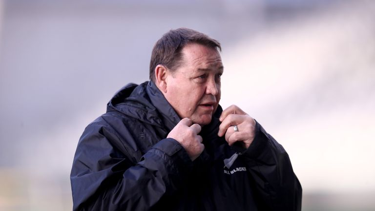 Steve Hansen says there are no rules that mention obstruction by referees