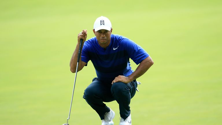 tiger woods warns players could be late for tee times at