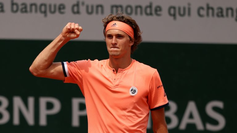 Thiem in third straight Paris semi after beating 'close to quitting' Zverev