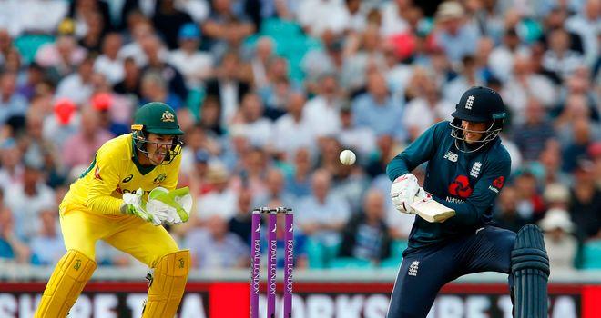Australia, England Agree to Pre-series Handshake