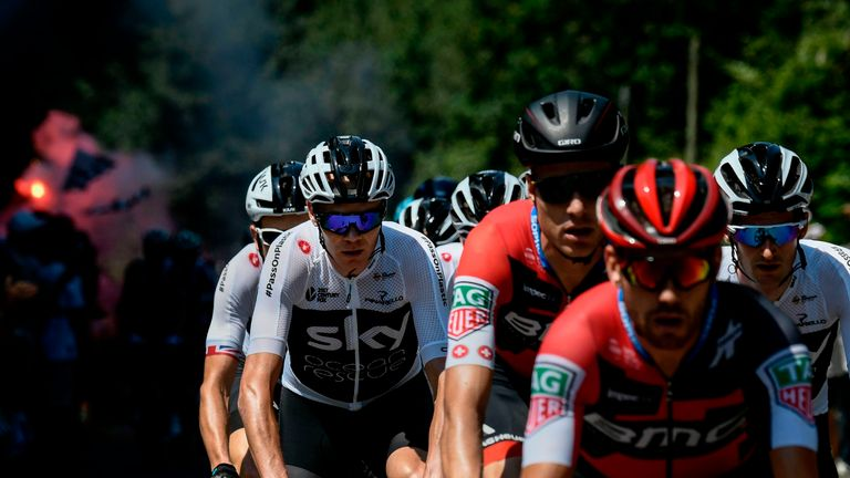Nibali withdraws from Tour de France with back fracture