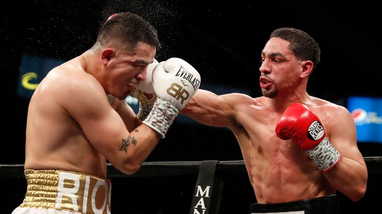 Danny Garcia (R) has just one loss on his 35-fight record