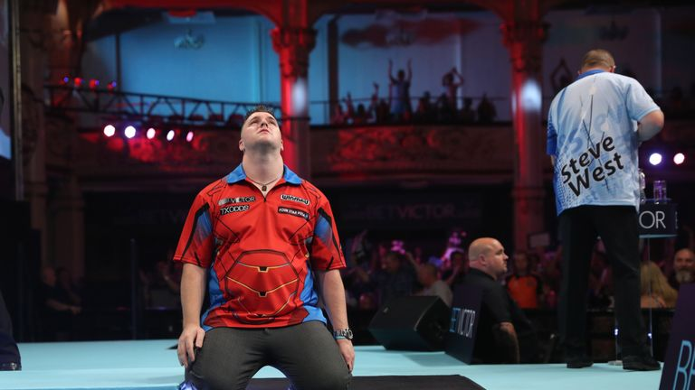 Gurney survived eleven match darts in an extraordinary first-round tie against Steve West
