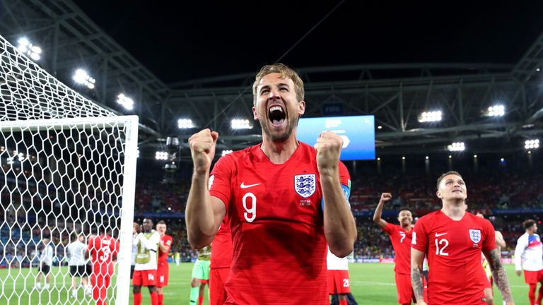 Harry Kane celebrates the 4-3 penalty shootout victory over Colombia