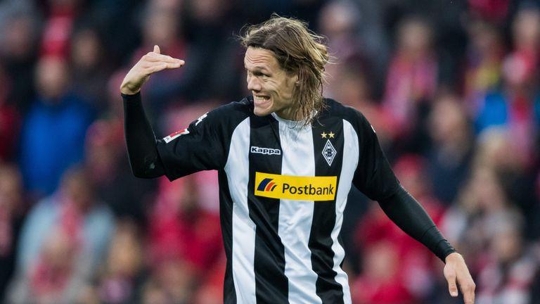 Jannik Vestergaard joins Southampton from Borussia Monchengladbach