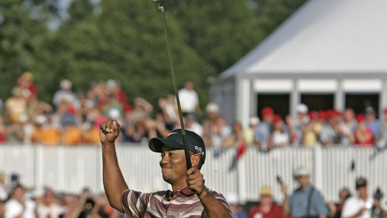 Tiger Woods' Day 1 birdies include 50-footer (!)