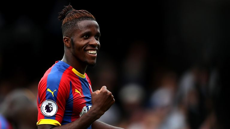 Wilfried Zaha signs new deal with Crystal Palace until 2023