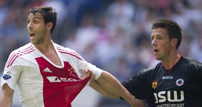 Mounir El Hamdaoui: Joined Fiorentina from Ajax last summer