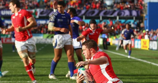 Williams: Scores the crucial try