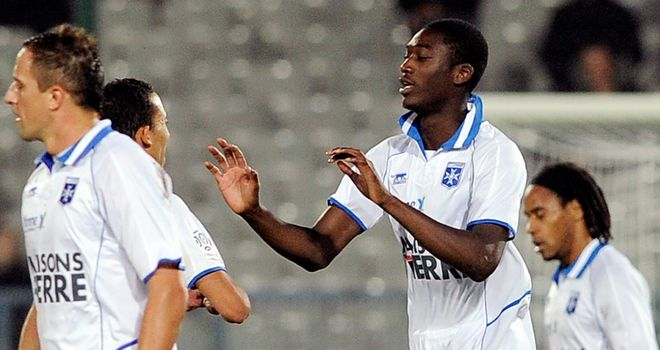 Yaya Sanogo: Set for move to Arsenal