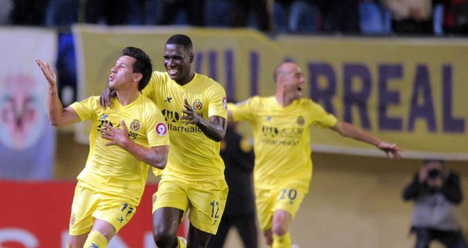 Hernan Perez celebrates scoring for Villarreal