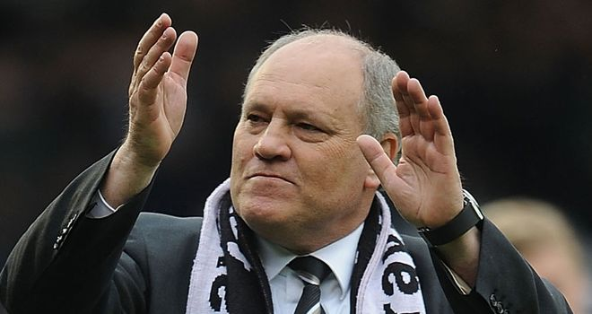 Martin Jol: Fulham manager does not want to deny Tottenham a place in the Champions League