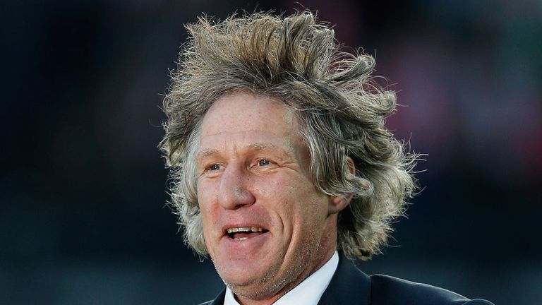 Gertjan Verbeek: Relieved of his role at AZ