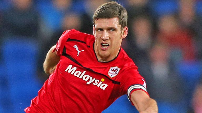 Mark Hudson: Cardiff captain signs new contract