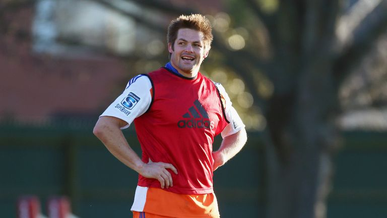 New Zealand captain Richie McCaw returns to rugby after seven-month break