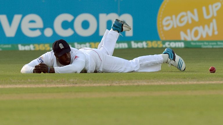 Michael Carberry looks on in disbelief having put down a simple chance from Brad Haddin
