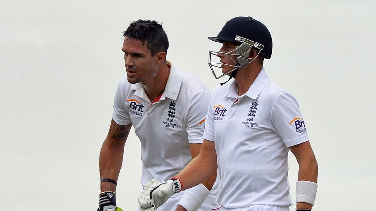 Kevin Pietersen and Joe Root: Put on a century partnership on the fourth day