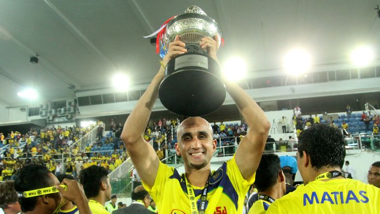 Zesh Rehman with the Malaysian Charity Shield on his debut for Malaysian club Pahang