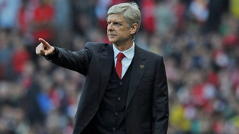 Arsene Wenger: Not looking to sell big names