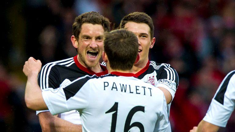 Scott Vernon (left): Scored hat-trick for Aberdeen