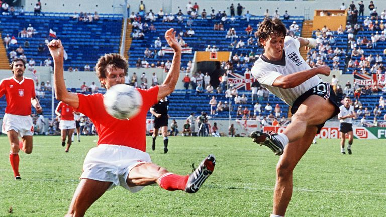 Gary Lineker refused to use up his goalscoring luck in the pre-match warm up