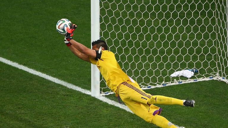 Sergio Romero: Saved two penalties