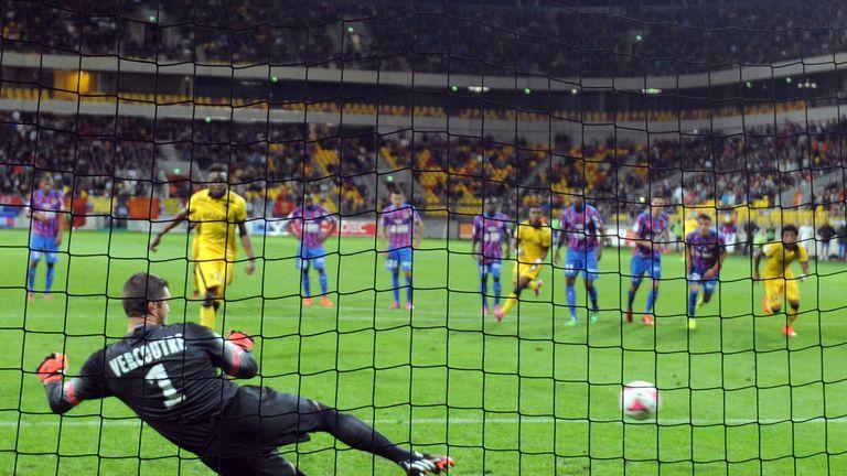 Divock Origi scores from the penalty spot
