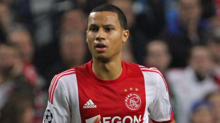 Ricardo van Rhijn: Ajax matchwinner