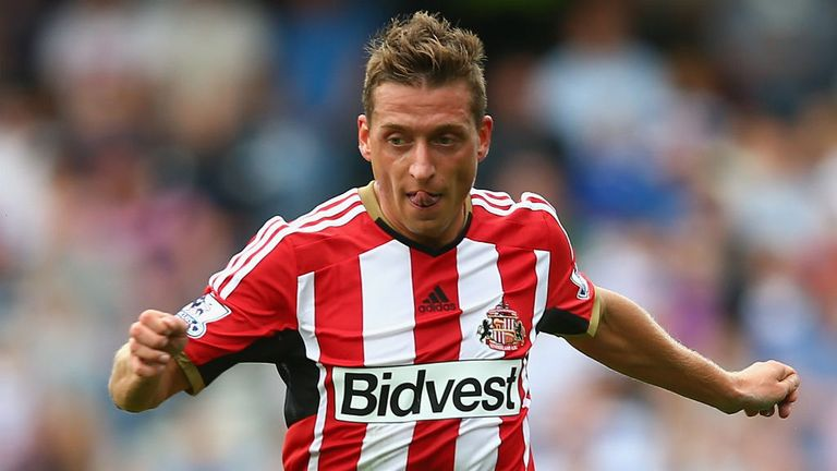 Emanuele Giaccherini: Having surgery on an ankle and is 'out for 12 weeks'