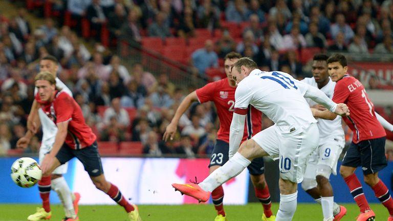 Rooney: Scores England's match-winning penalty