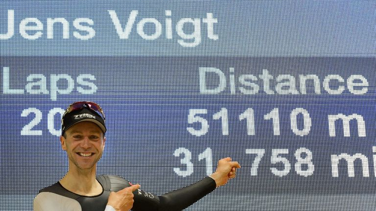 Jens Voigt was the first man to break the record following further rules changes in May 2014