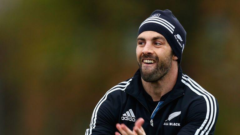 Conrad Smith: New Zealand centre heading to Pau