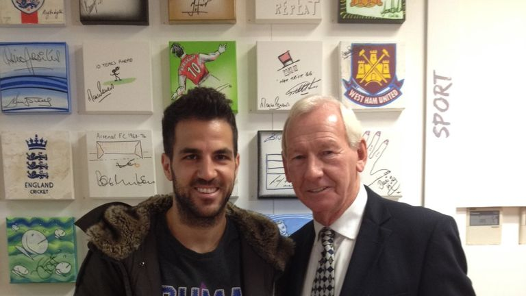Cesc Fabregas and Bob Wilson at this week's 'Stars on Canvas' event
