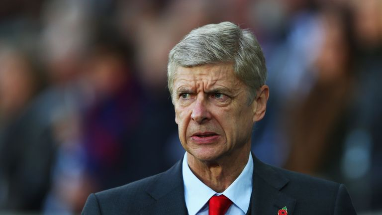 Arsene Wenger should have addressed the threat of Montero, says Carragher