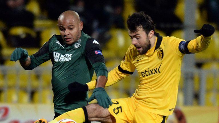 Lille's Marko Basa and Krasnodar's Ari fight for the ball