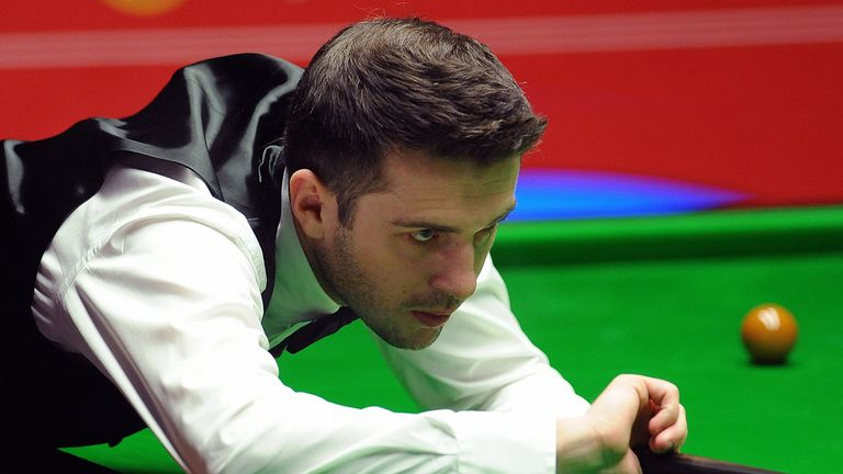 Selby on the green baize