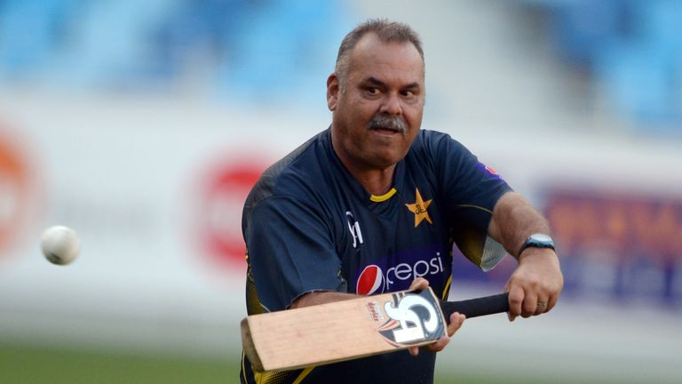 Dav Whatmore had a turbulent spell as coach of Pakistan.