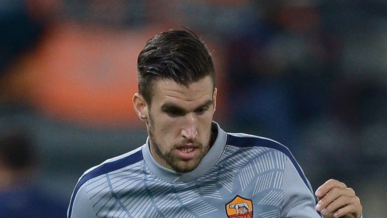 Kevin Strootman: Not being sold by Roma