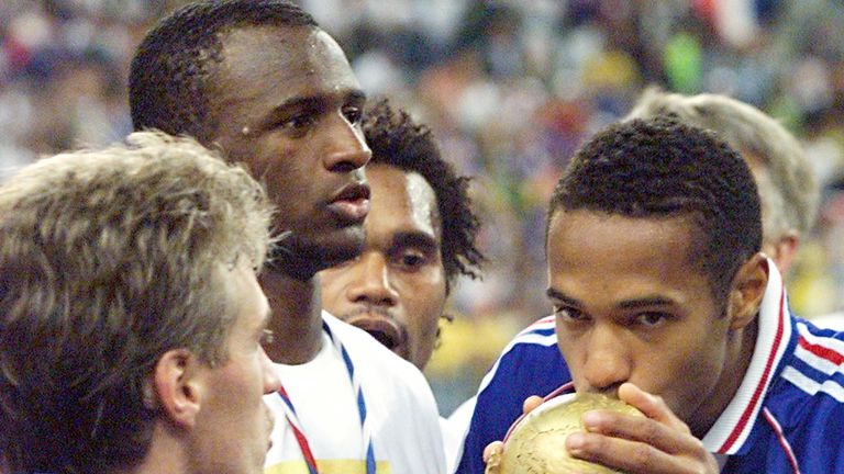 Vieira and Thierry Henry celebrate France's 1998 World Cup win