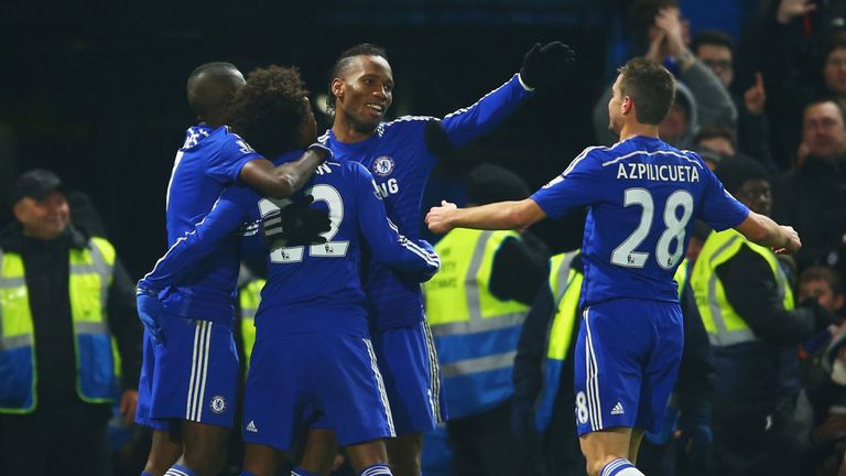 Willian: Celebrates with Ramires, Drogba and Azpilicueta after opening the scoring.