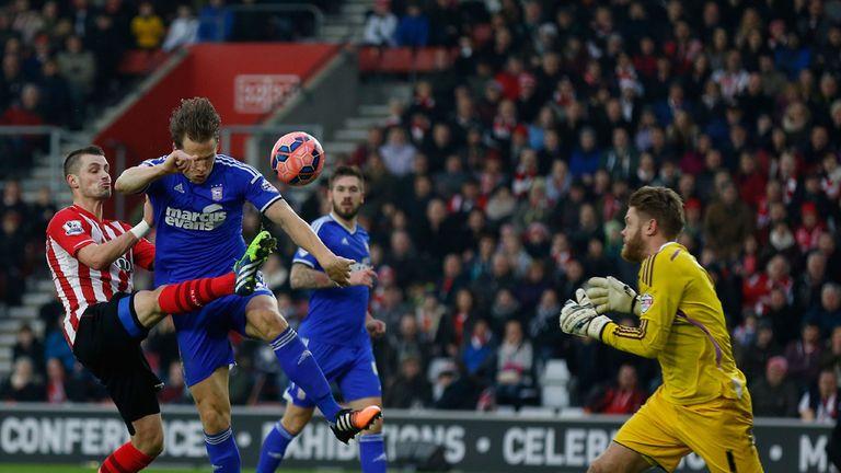 Morgan Schneiderlin: Scores the equaliser for Southampton