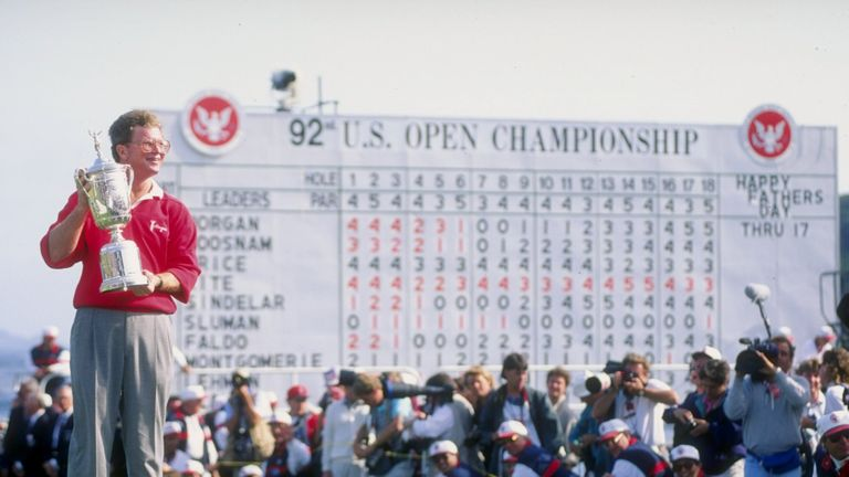 Tom Kite celebrates winning the US Open in 1992