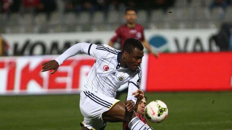 Emenike in action for Fenerbahce
