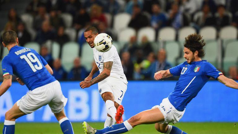Theo Walcott: Arsenal man struggled for England in Italy