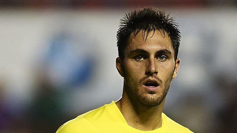 Victor Ruiz: Had a goal disallowed