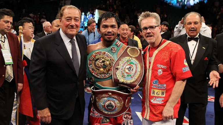 Barry Hearn claims he was told about Khan by promoter Bob Arum (left)