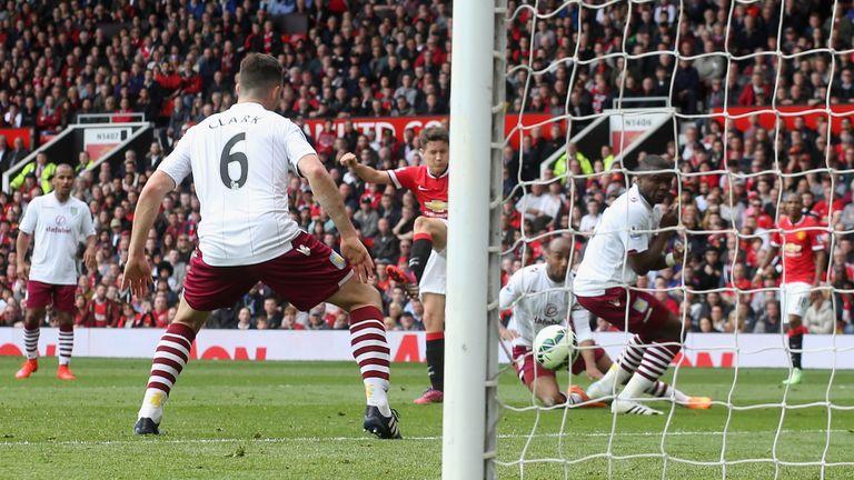 Ander Herrera opened the scoring for Man Utd against Aston Villa