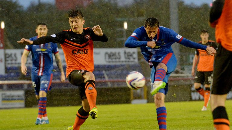 Danny Williams volleys in Inverness' second in win over Dundee United